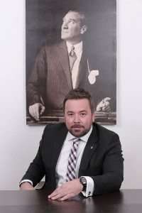 onur tümer canlı türk bayrağı guinness rekorlar kitabı rekor denemesi
