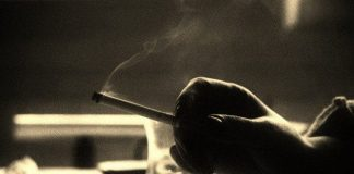 Sigarayla mücadelede Türkiye ne durumda? Sigara içme yasağını ihlal eden yerlerin başında kafe, çay ocağı, bilardo ve bowling salonları geliyor.