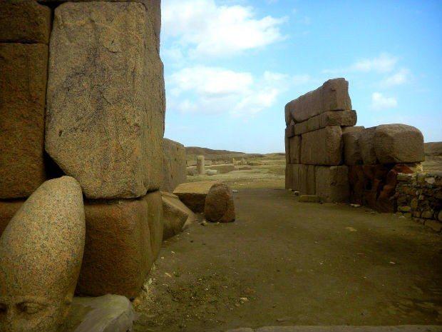 Atlantis, Mısır ve Truva üçgeni