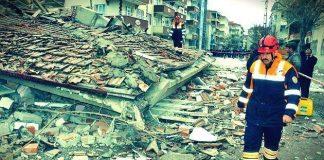 """İMSAD Başkanı F. Fethi Hinginar deprem haftası kapsamında yaptığı açıklamada, """"Binaları deprem değil, denetim eksikliği yıkıyor dedi."""