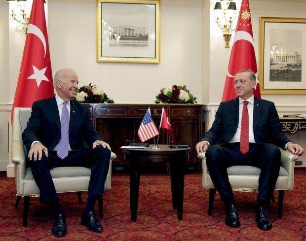 Cumhurbaşkanı Erdoğan, ABD Başkan Yardımcısı Joe Biden ile Washington'da otelinde görüştü. YPG anlaşmazlığı devam ediyor.