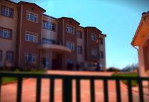 """İzmit'te bir rehabilitasyon merkezi tesisinden """"kurtarın bizi"""" çığlıkları yükseldi. Bir vatandaş olay anını görüntüledi."""
