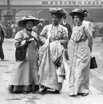 kadınlar-pasif-direniş