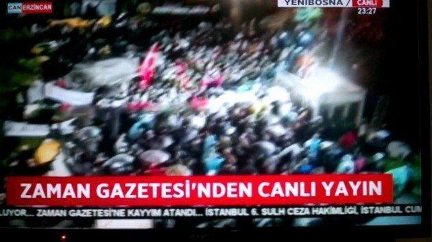 Zaman Gazetesi'ne kayyum atanmasıyla akşam saatlerinde polis müdahalesi gerçekleşti. Ulusal kanalların habere yer vermemesi dikkat çekti.
