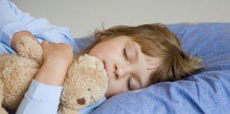 2 Nisan, Dünya Otizm Farkındalık Günü. Otizm nasıl bir hastalık? Çocuğunuzun otistik olup olmadığını nasıl anlarsınız? Ne zaman doktora gidilmeli?