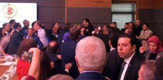 Büyük Türkiye'nin büyük Meclisi'nde karşıt görüşlü insanlar karşı karşıya geliyor, kendilerini tam anlamıyla gülünç hale sokuyorlar!