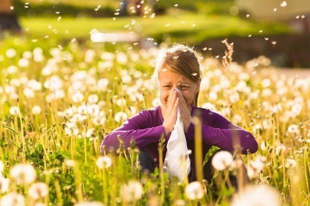 Bahar alerjisi olanlar gözde hasarlara dikkat!