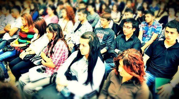 Diplomalı işsiz gençlerin yüzde 90'ının morali bozuk. Çözüm ise deneyim kazanma ve iş bulmaya destekte!..