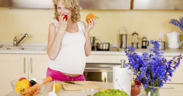 Hamilelikte günlük kalsiyum ihtiyacı nasıl giderilmeli? Kalsiyum bakımından en zengin yiyecekler hangileri? Eksikliğinde ne gibi zararları var?