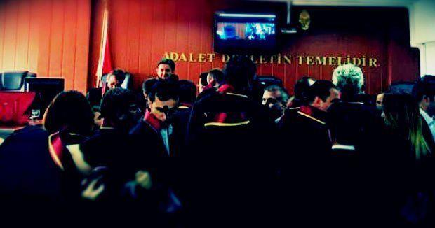 Karaman'da Ensar Vakfı ve İmam Hatip Okulları Mezunları Derneği KAİMDER'in işlettiği yurtta 10 yaşlarında olan 45 erkek öğrenciye cinsel istismarda bulunduğu iddiasıyla tutuklanan öğretmen Muharrem Büyüktürk hakim karşısına çıktı. Mahkeme heyeti Büyüktürk'ü 508 yıl 3 ay hapis cezasına çarptırdı.