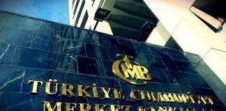 Murat Çetinkaya'nın başkanlığında toplanan Merkez Bankası, marjinal fonlama faizini 50 baz puan indirdi, politika faizini ise sabit bıraktı.
