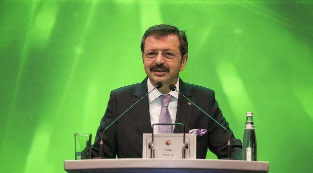 """TOBB Başkanı Rifat Hisarcıklıoğlu, Maliye Bakanı Naci Ağbal'a """"Siz nerede eşitleyeceğinizi bilirsiniz sayın bakanım"""" dedi..."""