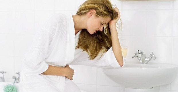 Sancılı adet dönemi, her 10 kadından 1'inde görülen ve günlük yaşamı olumsuz etkileyen bir durum. Adet dönemini konforlu geçirmek için...
