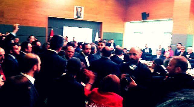meclis dokunulmazlıkların görüşmelerinde milletvekilleri yer kavgası hdp akp