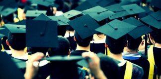 Üniversite mezunlarının maaş beklentisi 2 bin TL'yi geçmiyor