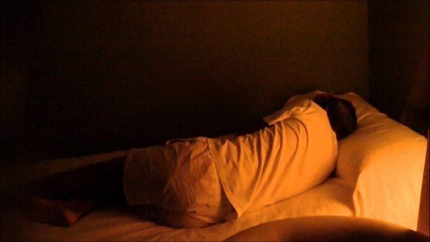 parasomnia, karabasan, kabus, uyku felci, rüya, sayıklama, uyurgezerlik