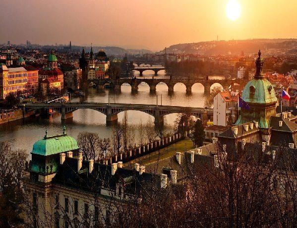 yaşamaya değer bir ülke Çek Cumhuriyeti kapak