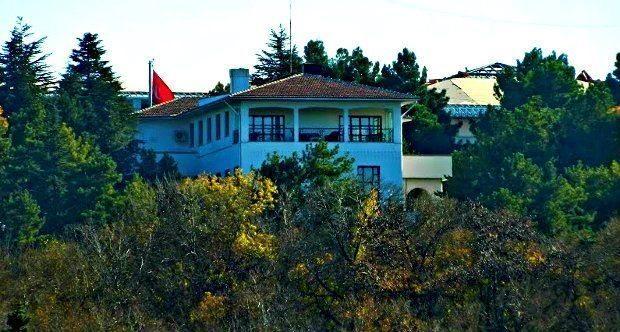 atatürkün çiftlik evi Marmara Köşkü yıkıldı.
