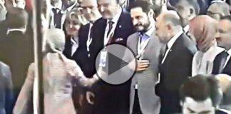 Berat Albayrak, Sare Davutoğlu'nun elini sıkmadı video