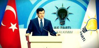 Davutoğlu yaptığı konuşmada Ak Parti'nin 22 Mayıs'ta olağanüstü kongreye gideceğini, kendisinin aday olmayacağını açıkladı.