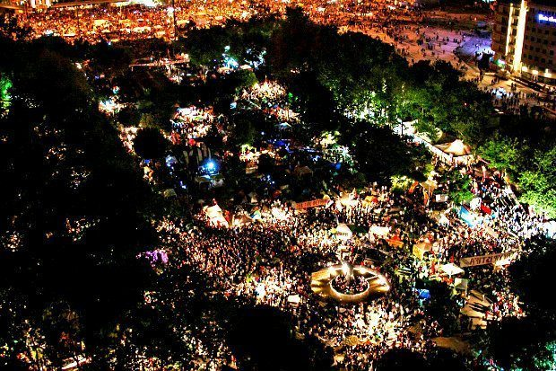 Taksim Meydanı'nda Gezi Direnişi (8 Haziran 2013)