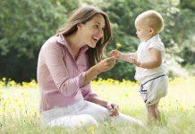 Mutlu çocuk yetiştirmek için çocuklarla sohbet edilmesi ve nasıl olduklarının sorulması gerekiyor. Sizi şaşırttıklarını göreceksiniz...