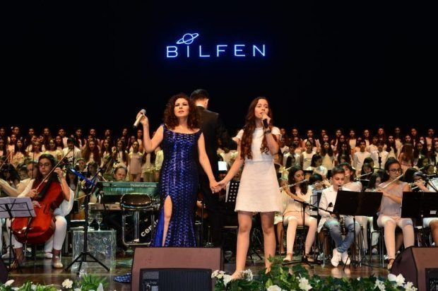 nilufer-bilfen-filarmoni-orkestrasi-korosu-ile-konser-verdi
