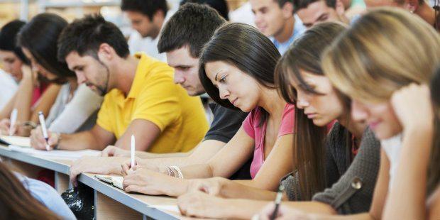 Sınav başarılarını arttırmak için nasıl beslenmeli?