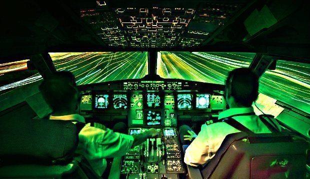 THY pilotları yeşil ışık saçan bir cisim gördü