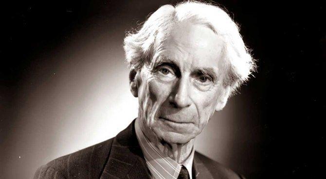 Sorgulayan Denemeler: Hiçbir şey ve aynı anda her şeyim Bertrand Russell