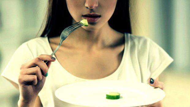 Anoreksiya Nervoza: Zayıflama ile gelen yeme bozukluğu