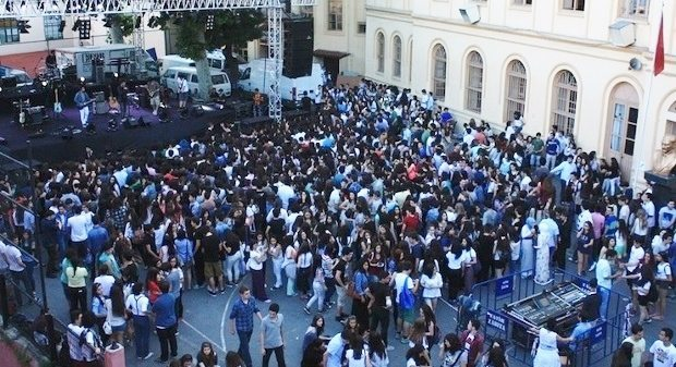 Cağaloğlu Anadolu Lisesi öğrencilerinin kaleme aldığı bildiri