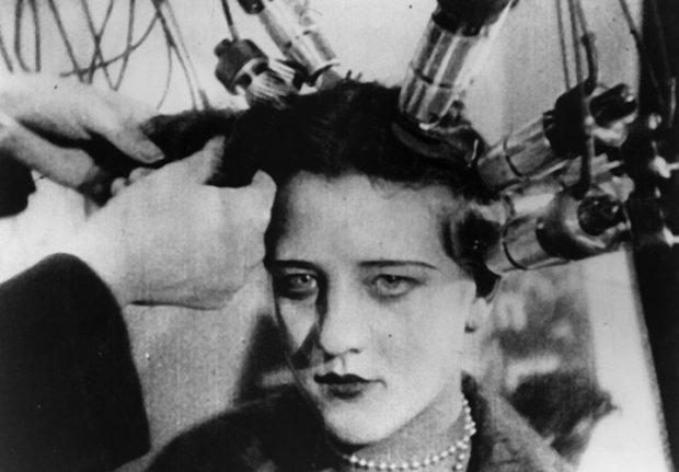 Dzigo Vertov'dan gerçeğin belgeseli: Film Kameralı Adam