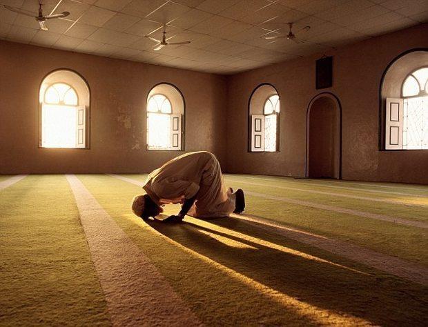 """""""Elhamdülillah Müslümanım"""" demek yeterli mi?"""