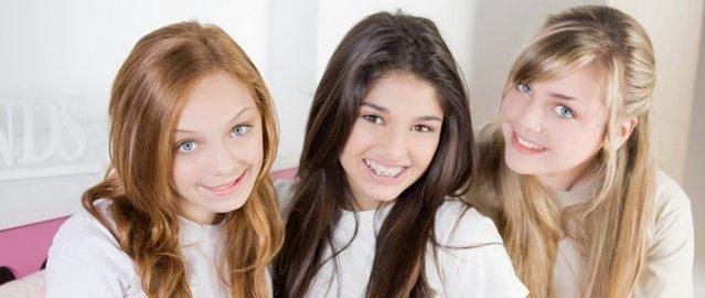 Erken ergenlik dönemi kız çocuklarında daha fazla