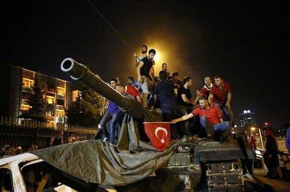 15 temmuz darbe girişimleri asker erler erbaş tanklar
