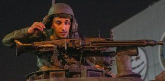 Asker aileleri umudu Whatsapp mesajlarına bağladı