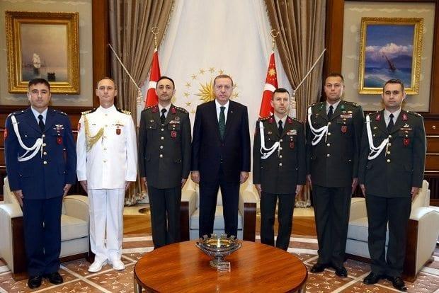 Cumhurbaşkanı Recep Tayyip Erdoğan'ın Başyaveri Albay Ali Yazıcı ile birlikte 4 yaveri gözaltına alındı.
