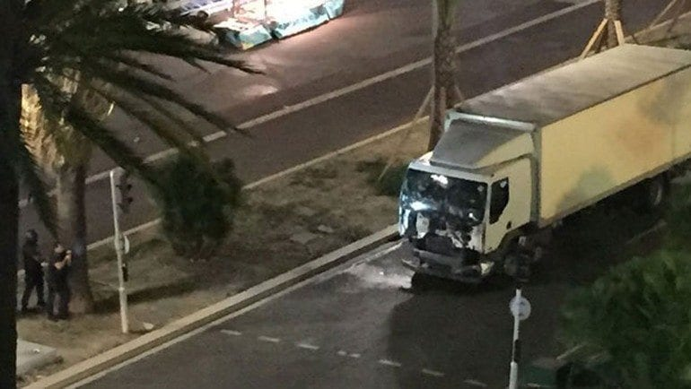 Fransa Milli Günü kutlamalarında Nice'te terör saldırısı