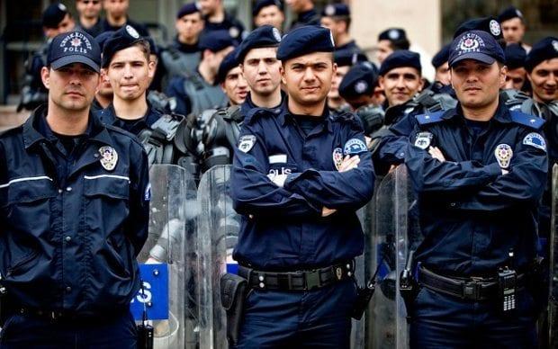 Toplumun can ve mal güvenliğini sağlamak devletin görevidir polis emniyet silah