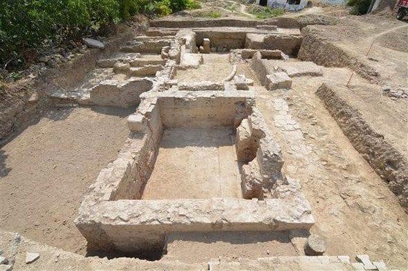 Adana Aigeai Antik Kenti'nde'Poseidon' tasvirli mozaik bulundu