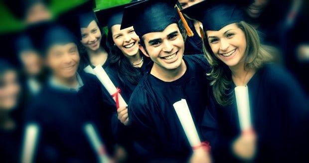 Dikkat! Anne baba tercihi üniversitede mutsuz edebiliyor! Dikkat! Üniversite tercihinizi anne babanıza yaptırmayın!