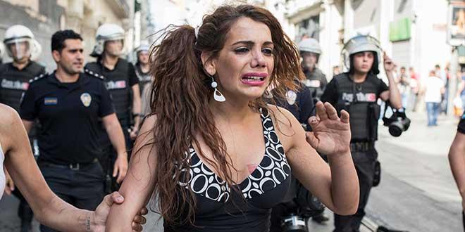 Hande Kader: İki yüzlüdür bizim vicdanımız!