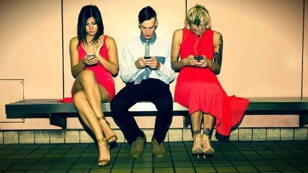 ilişkileri tüketirken ruhumuzu tükettiğimizin farkında mıyız?