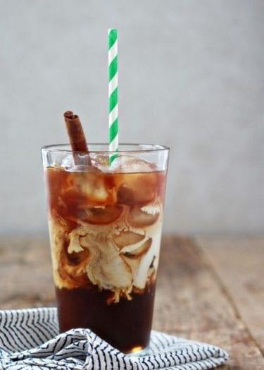 Soğuk kahve, yaz tatili ara öğünlerinizde metabolizmanızı hızlandırmak için iyi bir tercih olabilir.