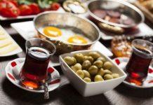 Tatilde dikkat edilmesi gereken 8 beslenme önerisi
