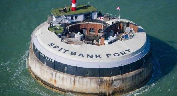 sıra dışı spitbank fort