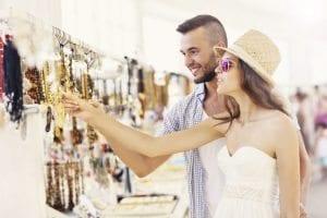 tatil dünyada en çok Türkler takı ve mücevher alıyor