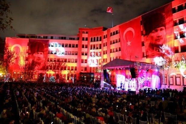 Cumhuriyet ile Kadıköy çok daha güzel