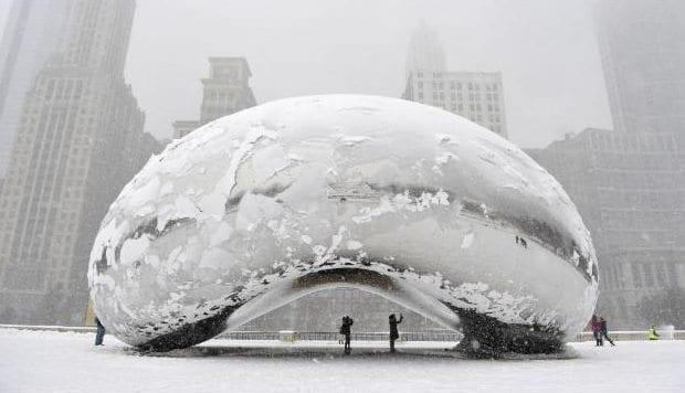 Ansish Kapoor chicago Bulut Kapısı heykeli